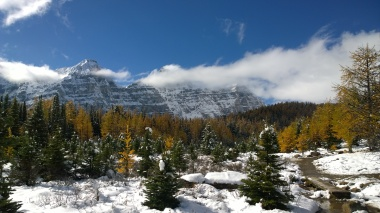 banff-moraine-lake-11